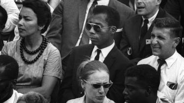 Den James Baldwin, vi præsenteres for i 'I am not your negro', er hverken den åbenlyst homoseksuelle eller den romanforfatter, han som ung gerne ville være. Det er den sorte intellektuelle, det er vidne til historien. Den overlegne gæst i studiet og den overbevisende analytiker.