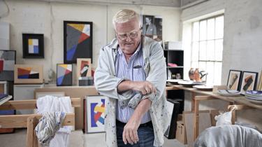 Kulturstoffet skal strammes op, og redaktionen vælge sine ad hoc-medarbejdere efter nådesløse kriterier, mener kunstner Per Arnoldi.