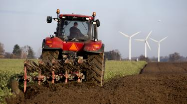 Københavns Universitet indgik sidste efterår en aftale med Landbrug & Fødevarers videnscenter SEGES om at undersøge vandmiljøkravenes økonomiske konsekvenser for landbruget.