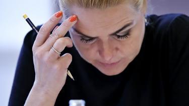 Det lukkede samråd var indkaldt af Alternativets Josephine Fock efter medieomtale af selvmordsforsøg blandt nogle af de unge asylpar, der var blevet adskilt som følge af Inger Støjbergs instruks den 10. februar 2016.