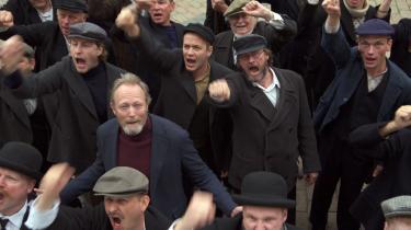 Nu tager venstrefløjen til genmæle og kritiserer højrefløjen for usaglig kritik af 'Historien om Danmark'.