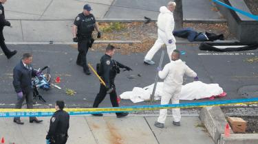 Ifølge den amerikanske terrorekspert Peter Bergenvar tirsdagens inspireret af Islamisk Stat. Den islamistiske terrororganisation har været inspiration for i alt 15 bilangreb mod civile i USA og Europa siden 2014.