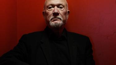 Man kan dårligt forestiller sig DR's tidligere dramachef Ingolf Gabold bukke under for politisk pres.