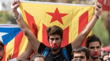 Cataloniere demonstrerer for afhængighed.