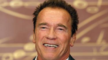 I filmen 'Total Recall' sendes antihelten Quaid rundt i virtuelle hukommelser, og Arnold Schwarzenegger udtaler så den ifølge filosoffen Kacem mest intense metafysiske replik i filmens historie: 'Og hvad så, hvis jeg ikke er mig ... hvem fanden er jeg så?'