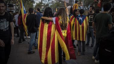 Stereotyperne om Spanien er hårdnakkede. Det betyder, at de catalonske løsrivelsespolitikere ikke harbehøvet at anstrenge sig eller udvise alt for sofistikerede evner til mediespin for at indskibe den internationale opinion i det, alle nu kalder deres 'narrativ', kommenterAntonio Muñoz Molina i denne artikel.