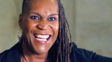 Ved en række lokale valg har vælgere trodset præsident Donald Trump og stemt kandidater ind med alle mulige forskellige baggrunde: Montana fik sin første sorte borgmester, New Jersey sin første sikh-borgmester og Charlotte sin første borgmester, der er kvinde og sort