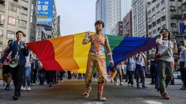Siden Taiwan i 1996 havde sit første demokratiske valg og gennemførte en transition fra et autoritært ét-partisystem til en demokratisk styreform, har landet i rekordfart slået ned på diskrimination med Asiens første antidiskriminationslov og åbnet debatten om homoseksuelles rettigheder.