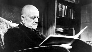 Jean Sibelius læser partitur