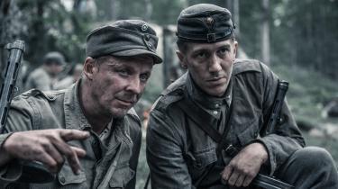 Rokka (Eero Aho) og Koskela (Jussi Vatanen) er to af de soldater, man kommer tæt på i Aku Louhimies' brutale filmatisering af Väinö Linnas berømte bog 'Den ukendte soldat' om Finlands tabte krig mod Sovjetunionen i 1941-44.