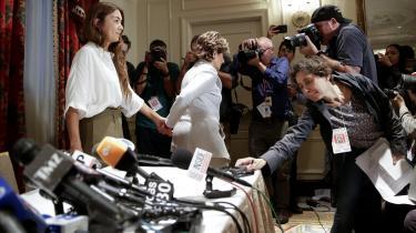 #MeToo-kampagnen og Weinstein-sagen vidner ifølge dagens kronikør ikke bare om, at mænd bør lære at respektere et nej og undlade at misbruge deres magt. Den er også et udtryk for, at kvinder skal lære at hylde de kvinder, som udtrykker nejet klart og tydeligt. Her Mimi Haleyi efter sit pressemøde, hvor hun sluttede sig til de flere end 50 kvinder, som har anklaget Weinstein for overgreb.