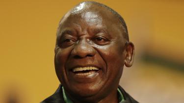 Cyril Ramaphosa er ny leder for det sydafrikanske regeringsparti, Den Afrikanske Nationalkongres (ANC).