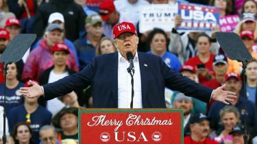 Donald Trumps valgsejrviste, hvor dybtgående it-industrien former den offentlige sfære – og hvor ligeglad den er med grundlæggende medborgerlige normer, skriverFranklin Foer i bogen'World Without Mind'.