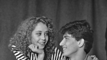 Et tidligt eksempel på indvandrerliv skildret i Erik Clausens 'Rami og Julie' fra 1987.