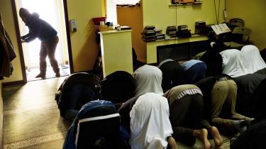 Til bøn med somalisk-amerikanske indbyggere i byen Lewiston i USA.