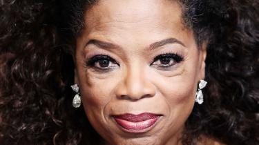 Oprah Winfreys tale til Golden Globes har styrket troen på, at hun vil gå efter præsidentembeddet i 2020. En tv-stjerne kan altså afløse en reality show-berømmet rigmand. Det lyder som manuskriptet til en dårlig film, men her giver vi fem grunde til, at idéen ikke er helt usandsynlig