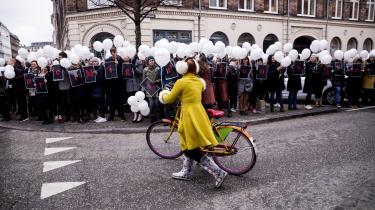 I et åbent brev stiller over 2.700 læger et klart mistillidsvotum til Styrelsen for Patientsikkerheds fremfærd i en række aktuelle sager. Sidste år demonstrerede læger i København mod øget kontrol og mistillid til deres virke.