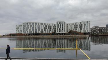 WHO's kontor i FN Byen i København. Her fik den forhenværende HR-ekspert et psykisk sammenbrud og blev af kontorets embedslæge sendt hjem med diagnosen 'stress i svær grad forårsaget af chikane på arbejdet'.
