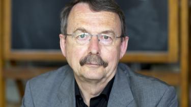 Den tyske sociologiprofessor Wolfgang Streeck mener, at Den Europæiske Centralbanks eksperiment udøver demokratiskadelig virksomhed i forsøget på at holde finanskapitalismen kørende.