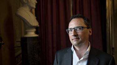 Som direktør for Gyldendal kommer Morten Hesseldahl ikke til at mangle udfordringer: Digitalisering, konkurrence fra udenlandske giganter som Amazon og faldende indtjening på skønlitteratur er nogle af dem