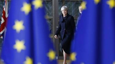 I denne uge har den britiske premierminister været under angreb fra tre forskellige fronter, og ugen er kun fire dage gammel