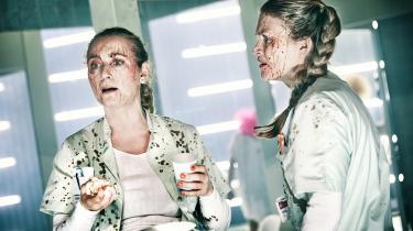 Patricia Schumanns og Mette Døssings sygeplejersker indeholder begge skræmmende realistiske træk til trods for den ekstreme fremstilling, der ses i 'Hospitalet'.