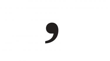 Kommatyraniet er en usund nationalsport, siger sprogeliten, dem der skriver afhandlinger om kommaer. Bare prøv og googl. Slap af, siger de. Vi — forfatterne, læserne, sproget — er ikke til for kommaet skyld, men omvendt