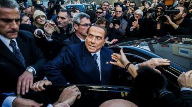 I år er den efterhånden 81-årige Silvio Berlusconi ironisk nok vendt tilbage til italiensk politik for at bekæmpe populismen – et fænomen han af mange betragtes som Italiens tydeligste symbolpå. Men bare fordi Berlusconier populist, gør det ikke det konservative Forza Italia til et populistisk parti, siger Flavio Chiapponi, der forsker i politiske organisationer og partier ved Pavia Universitet.