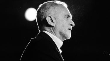Labour-lederen Jeremy Corbyn er før blevet sværtet til for sin fortid, men det seneste koldkrigshysteri er også et angreb på den demokratiske legitimitet for Storbritanniens måske kommende premierminister