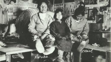 'Scoresbysundhistorier' er som en slags kommenteret fotoalbum på mange måder først og fremmest et fotografisk værk. Fotoet er fra 1926.