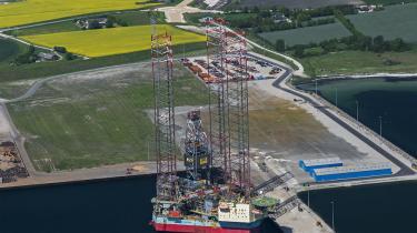 Lars Christian Lilleholt (V) har meddelt, at regeringen sætter en stopper for prøveboringer efter olie og gas på det danske fastland. Der er vist alligevel ikke rigtig noget at komme efter, og det giver kun alt for meget lokalt bøvl, mener ministeren.