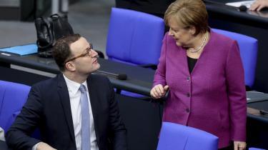 Nogle anser den fremsormende CDU-politiker Jens Spahn som en mulig arvefølger til Merkel med sit ønske et mere højreorienteret konservativt parti – men spørgsmålet er, hvordan han vil håndtere inkludering i en ny CDU-regerimg og en lidt svær ministerpost.