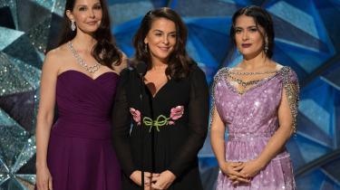 Tre af de skuespillere, som har rettet alvorlige anklager mod Harvey Weinstein, Ashley Judd, Annabella Sciorra og Salma Hayek, var sammen på scenen og talte om vigtigheden af at træde frem og blive hørt.