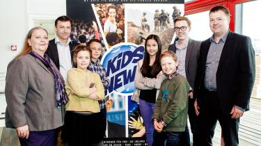 I modsætning til Weekendavisens tillæg Faktisk, der i høj grad er skrevet til børn, som de voksne weekendavislæsere ville ønske, de var, så er Kids News skrevet i dialog med børn. Her er det fra præsentationen af Kids News i 2014.