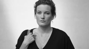 Agnes Lidbeck har skrevet en brutal og provokerende roman, der er meget svær at sætte i bås