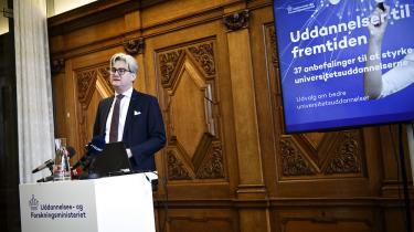 Uddannelses- og forskningsminister Søren Pind (V) fremlægger udvalgets 37 anbefalinger.
