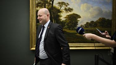 Ingen ny kommentar. Information har spurgt justitsminister Søren Pape Poulsen, om han agter at følge erhvervsorganisationernes anbefaling om allerede nu at ændre væsentlige dele af de danske logningsregler. Men Justitsministeriet henviser blot til dét svar, Søren Pape allerede har givet Folketinget.