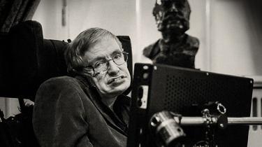 Et sort hul er det vildeste objekt i universet. Intet kan undslippe et sort hul – undtagen Stephen Hawking. Det gjorde han så i 55 år
