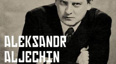 Aristokratsønnen Aleksandr Aljechin blev verdensmester i 1927. Han var skakkens svar på belgiske cykelrytter Eddy Merckx, 'kannibalen', der ikke bare ville vinde, men vinde rub og stub, æde alle sine modstandere. Og så lokkede nazisterne ham efter hans flugt til Vesten til at til at skrive nedsættende om jødisk skak