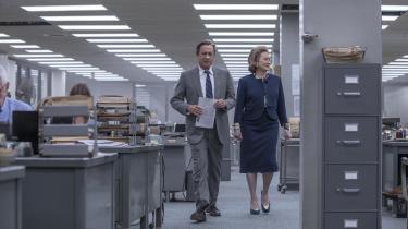 The Washington Posts chefredaktør Ben Bradlee (Tom Hanks) og udgiver Katharine 'Kay' Graham (Meryl Streep) er hovedpersonerne i Steven Spielbergs 'The Post', som foregår i 1971 og handler om Pentagonpapirerne.