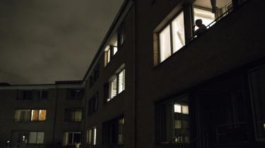 Flere beboere i Tingbjerg har idag udviklet forskellige astma- og lungesygdomme efter en renovering på grund af omfattende skimmelsvamp. Derudoverblev beboerne i lang tid nægtet genhusning.