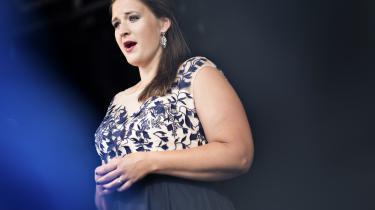 Norske Lise Davidsen var trådt til på afbud, men hun er selv en exceptionel sanger med en stor fremtid, skriver Informations anmelder