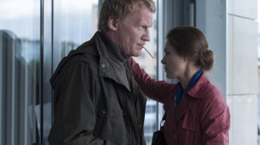 Andrej Zvjagintsevs film føles som hårde kugler af frustration over patriarkatet, over dumfulde, afstumpede og korrumperede mænd, fædre, borgere. Her 'Leviathan'.