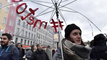 Die Zeit har indledt et tema om #MeToo's frygtelige konsekvenser, hvor 'den ny feminismes' retorik sammenlignes med bolsjevikkernes. Men kritikerne gør sig skyldige i netop den forbrydelse, de beskylder feministerne for. Nemlig at skære alle over én kam