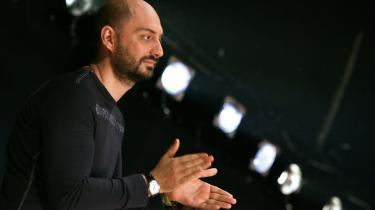 På den mere radikale politiske teaterscene må den mest omtalte instruktør være den autodidakte Kirill Serebrennikov.