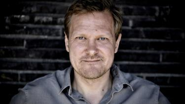 Med udnævnelsen af Kasper Holten som teaterchef får Det Kongelige Teater en chef, der virkelig elsker scenekunsten. Eneste bekymring må være, om han kommer til at favorisere opera