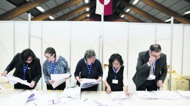 Lektor på Aalborg Universitet Ulrik Pram Gad mener, at de grønlandske vælgeres fravalg af selvstyretilhængeren Hammond afspejler et mere moderat forhold til spørgsmålet om selvstændighed i befolkningen, end mediebilledet har givet indtryk af i valgkampen.