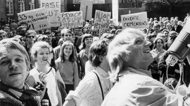 Når historikere og forfattere 50 år senere skal forsøge at beskrive 1968, så findes der noget, som de aldrig rigtig vil kunne forstå, hvor pertentligt nøjagtige de end måtte være i deres beskrivelser: Nemlig hvordan det var at leve præcis dengang og at se på verden med præcis den tids blikke.