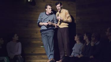 Klaus Rifbjergs Tore og Janus portrætteret afMorten Hee Andersen ogSimon Bennebjerg.