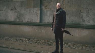 Livlægen Struensee reformerede som diktator i Danmark det stillestående danske samfund fra øverst til nederst. Det kostede ham til sidst livet. Ulrik Langen føjer nyttigt nyt til et vigtigt kapitel i danmarkshistorien